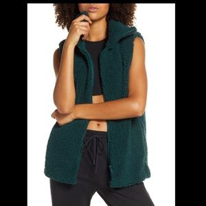 Zella Women Sherpa Shearling Vest Green Sz XL NWT